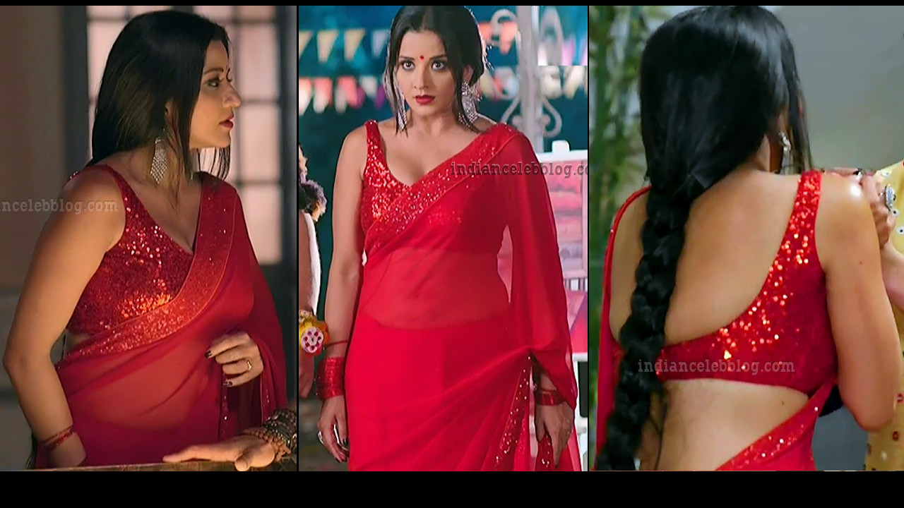 Antara Biswas star awards hot Backless Saree caps