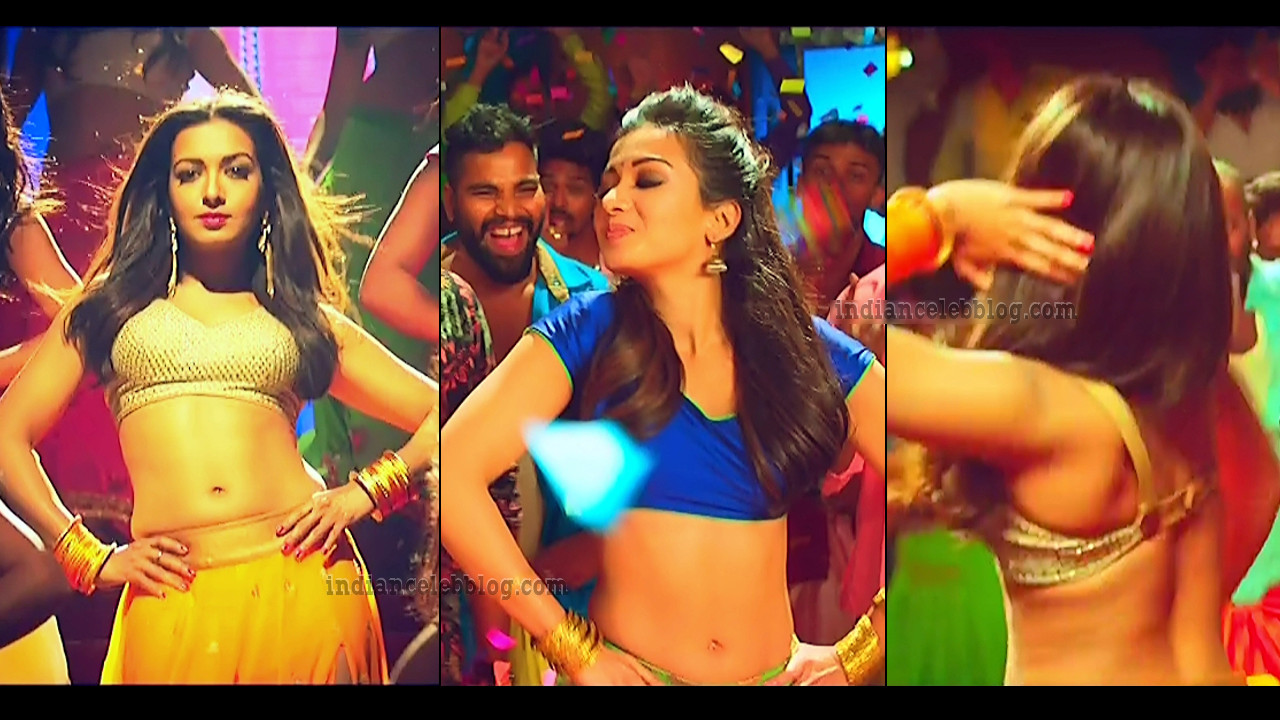 Catherine tresa Kalakalappu 2 hot song caps