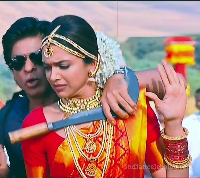 Deepika padukone chennai express S1 13 hot saree caps ...