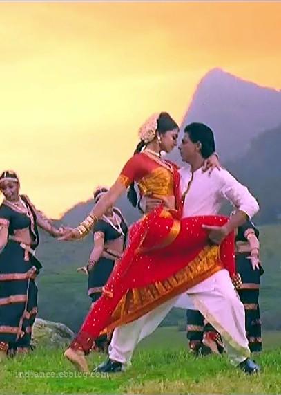 Deepika padukone chennai express S1 30 hot saree caps ...